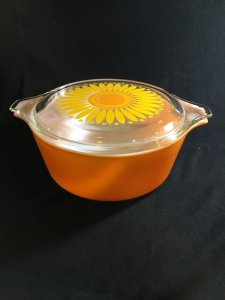 PYREX オールドパイレックス・キャセロール・デイジー(オレンジ)