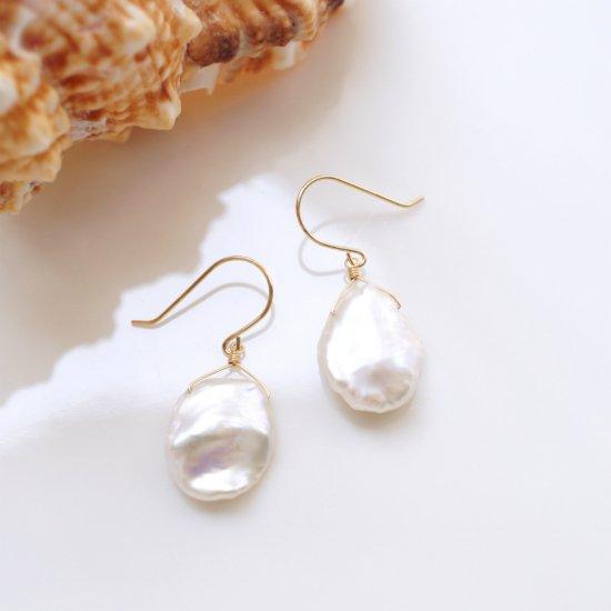 K18花びら真珠の一粒ピアス〜Otylie