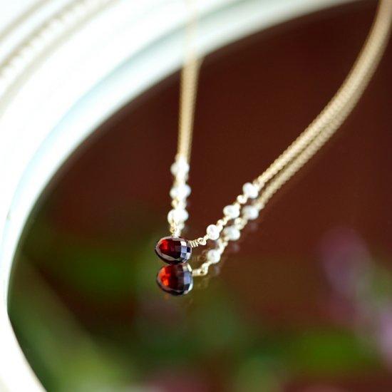 マロンカットガーネットと淡水真珠のネックレス 〜Daphne