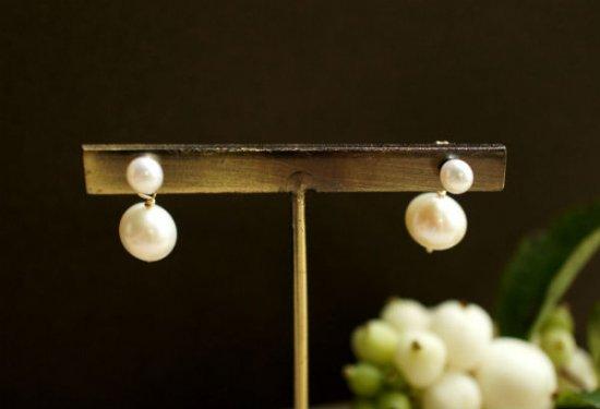 真珠と真珠キャッチのスタッドピアス 〜Hana