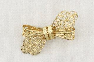ヴィンテージブローチ/金色のフィリグリー模様リボン斜め結び小