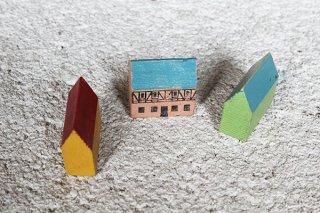 木のドイツのお家 3軒(黄色と緑とピンクの壁)