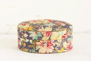 花柄布張り楕円の容れ物/チェコ