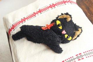 飛んでる黒ネコ/チェコ