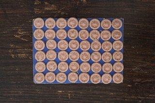 ハンガリーの糸ボタンシート/10mm (ピンク)