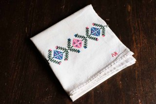 年代物の手織りのクロス(飾り窓のクロスステッチ)/ハンガリー