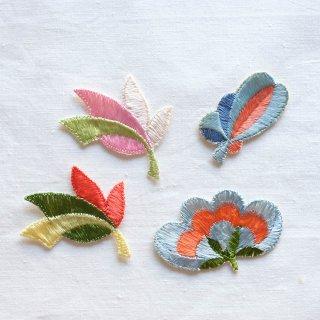 ヴィンテージ刺しゅうモチーフセット/水色とオレンジの花(ドイツ)
