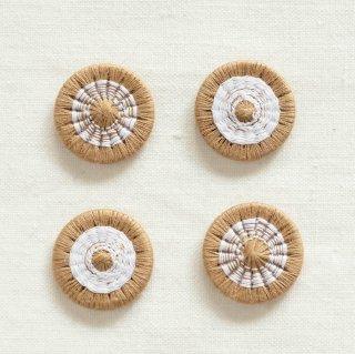チェコの糸ボタン/19mm (ベージュ×白)