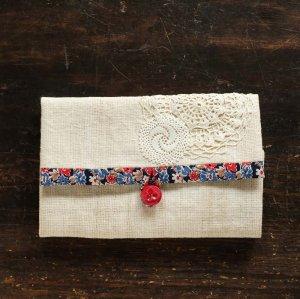 ヴィンテージクロスで作ったお裁縫道具入れ(小花模様)