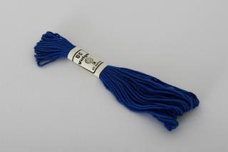 ハンガリーの刺繍用の毛糸(青)