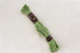 ドイツの刺繍用の毛糸(くすんだ黄緑)