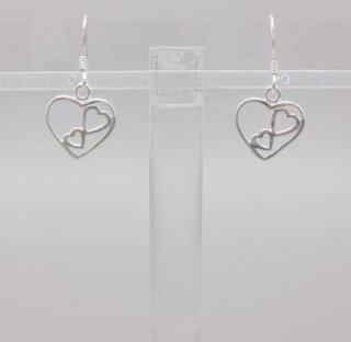 ハートin2ハート<br>ピアス<br>【Silverbell Collection】