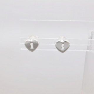 キーホール<br/>スタッドピアス<br/>【Silverbell Collection】