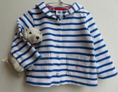 <img class='new_mark_img1' src='//img.shop-pro.jp/img/new/icons1.gif' style='border:none;display:inline;margin:0px;padding:0px;width:auto;' />PETIT BATEAU プチバトー ブルーセーラーカーディガン 12ヵ月