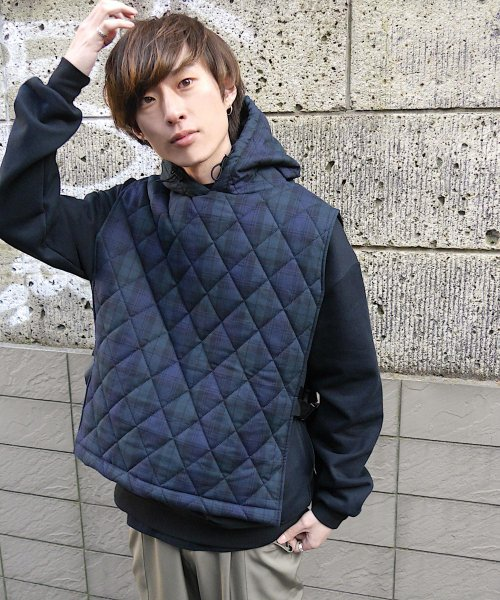 QUILTING HOODIE VEST_BLACK WATCH_