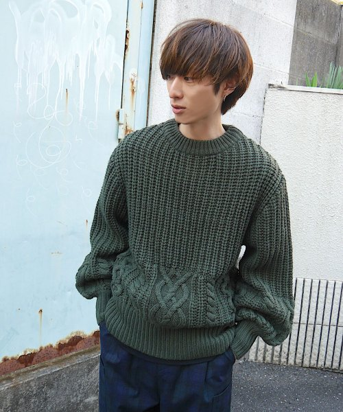 CABLE KNIT CREW NECK_KHAKI_