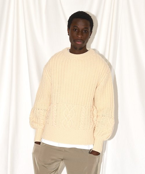 CABLE KNIT CREW NECK_NATURAL_
