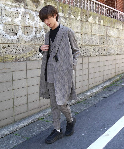 SWITCHING TAIL COAT_BROWN CHECK_