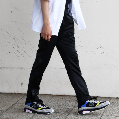 TAPERED PANTS-BLACK_