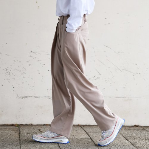 TUCK WIDE PANTS_BEIGE_