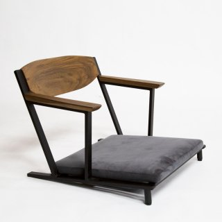 IKKE floor chair|イッケ フロアチェア(座椅子)<img class='new_mark_img2' src='https://img.shop-pro.jp/img/new/icons7.gif' style='border:none;display:inline;margin:0px;padding:0px;width:auto;' />