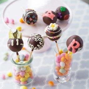 【7本セット・イニシャル・名入れ】HAPPY BIRTHDAY / スイートチョコ(黒)
