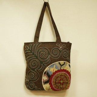キルギス 伝統刺繍 トートバッグ1