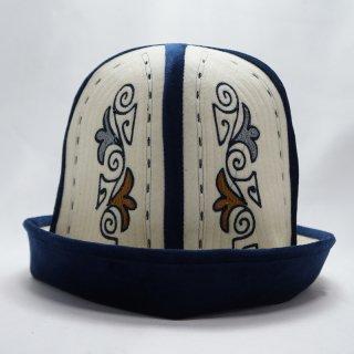 キルギス伝統の帽子 カルパック2
