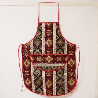 アルメニア 伝統模様のエプロン3
