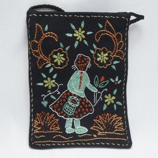 バングラディッシュ ノクシカタ刺繍 ミニショルダーバッグ1