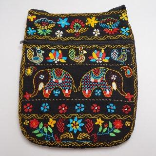 バングラディッシュ ノクシカタ刺繍 ショルダーバッグ3