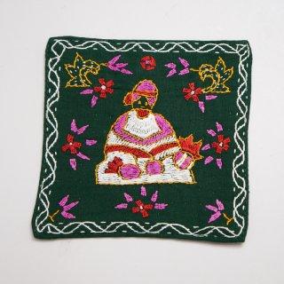 バングラディッシュ ノクシカタ刺繍のコースター1