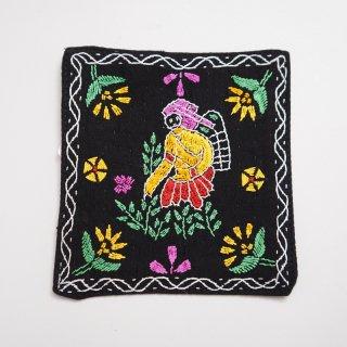 バングラディッシュ ノクシカタ刺繍のコースター3