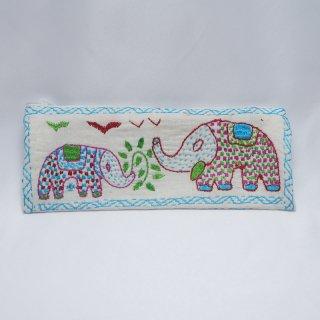 バングラディッシュ ノクシカタ刺繍 ペンケース4