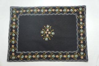 バングラディッシュ ノクシカタ刺繍 ランチョンマット2