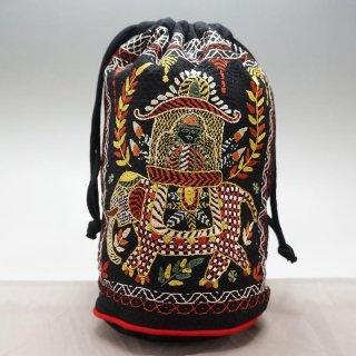 バングラディッシュ ノクシカタ刺繍 巾着 丸型 大 黒