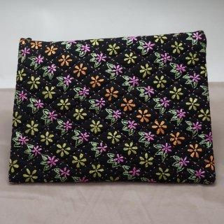 バングラディッシュ ノクシカタ刺繍 フラットポーチ2