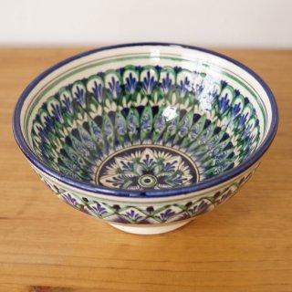 ウズベキスタン リシタンの陶器 お椀型 白 16cm 1