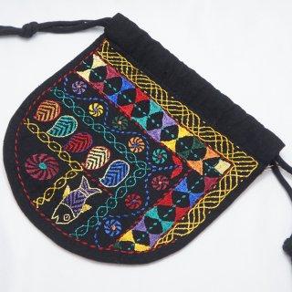 バングラディッシュ ノクシカタ刺繍 巾着2