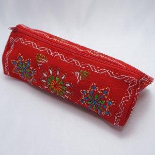 バングラディッシュ ノクシカタ刺繍 三角ポーチ7