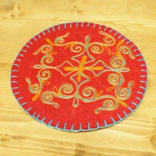 キルギスタン 民族模様 刺繍鍋敷き3