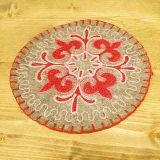 キルギスタン 民族模様 刺繍鍋敷き5
