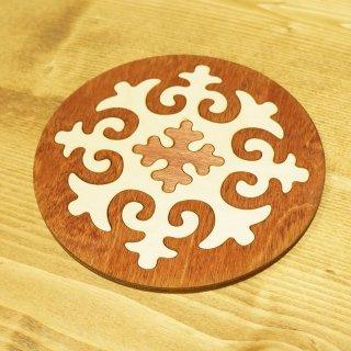 キルギスタン 民族模様 木製 ティーポットマット3