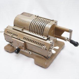 ソビエト時代の手回し計算機