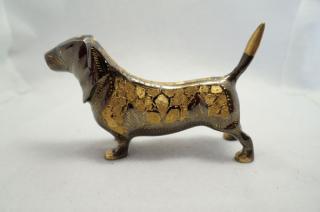 手彫り真鍮像 犬b