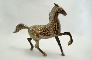手彫り真鍮像 馬a