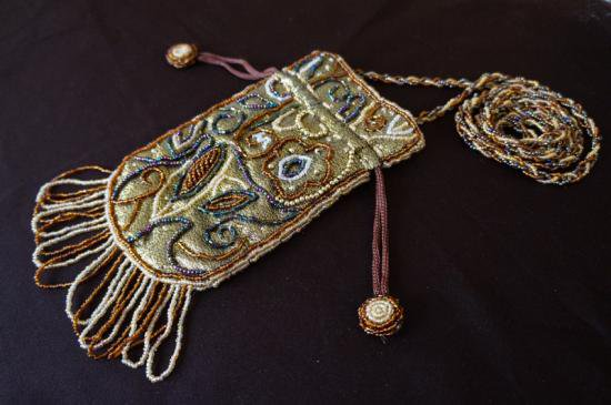 ビーズ装飾 小物バッグ 金