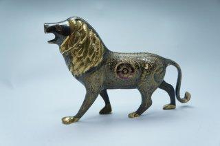 手彫り真鍮像 ライオン
