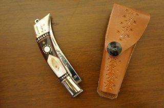 ウイグル人の伝統工芸装飾ナイフ 折りたたみ式-c (柄:真鍮、牛角、貝殻)