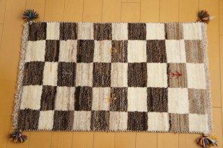 イラン・カシュガイ族の手作り絨毯 ギャッベ 90 x 60cm  -04-